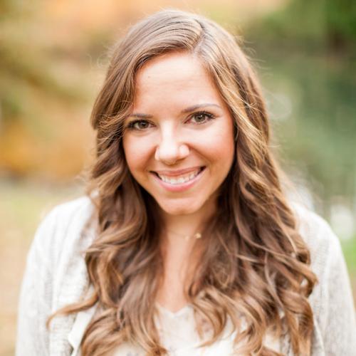 Headshot of Jessica Bishop Budget Savvy Bride