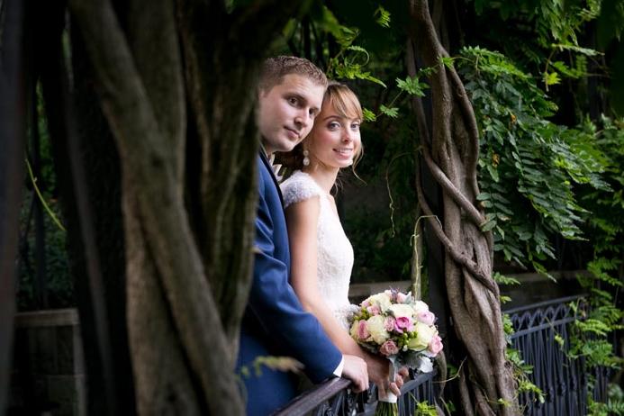 conservatory-garden-central-park-wedding-wisteria-pergola (19)