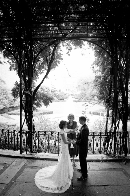 conservatory-garden-central-park-wedding-wisteria-pergola (23)