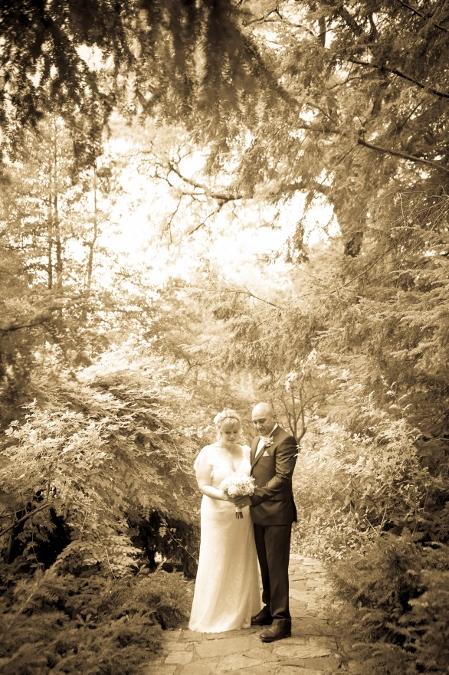 summer-wedding-at-ladies-pavilion (8)
