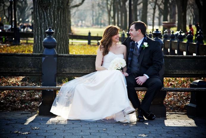 winter-elopement-at-bow-bridge-17