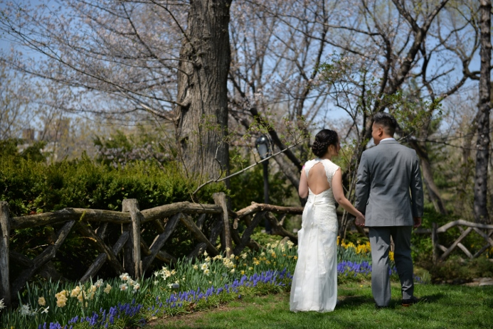 spring-wedding-at-shakespeare-garden-17