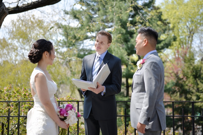 spring-wedding-at-shakespeare-garden-20