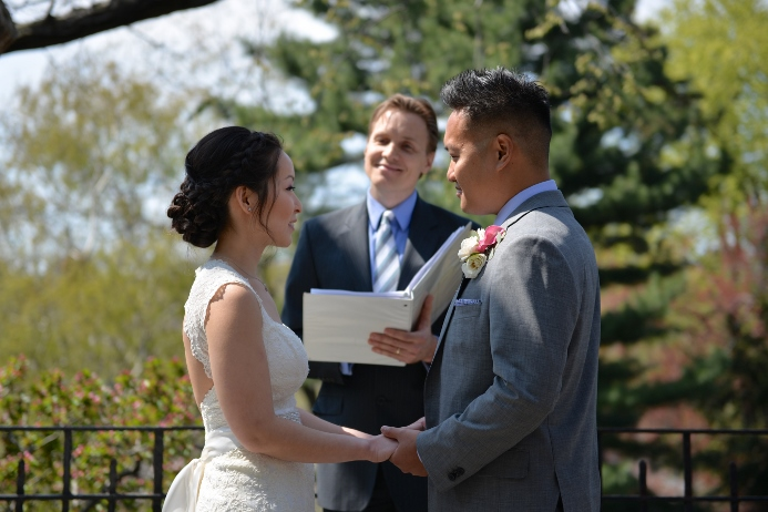spring-wedding-at-shakespeare-garden-21