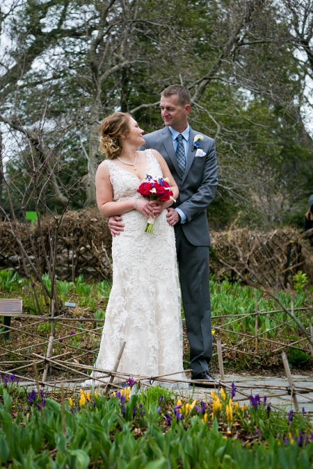 intimate-wedding-at-shakespeare-garden (7)