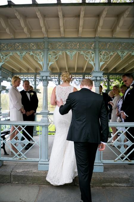 may-wedding-at-ladies-pavilion (10)