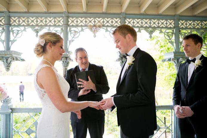 may-wedding-at-ladies-pavilion (13)