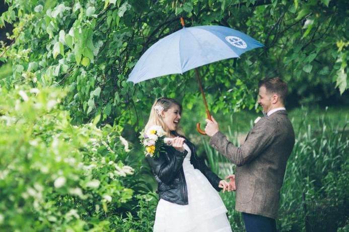rainy-day-wedding-at-the-ladies-pavilion (14)