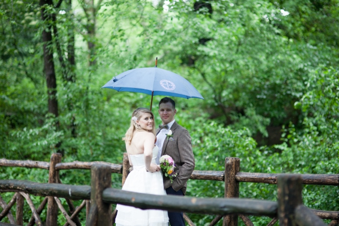 rainy-day-wedding-at-the-ladies-pavilion (17)