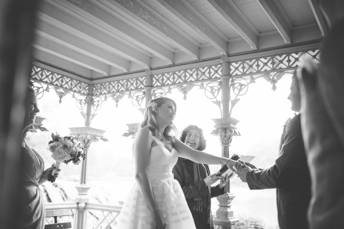 rainy-day-wedding-at-the-ladies-pavilion (5)