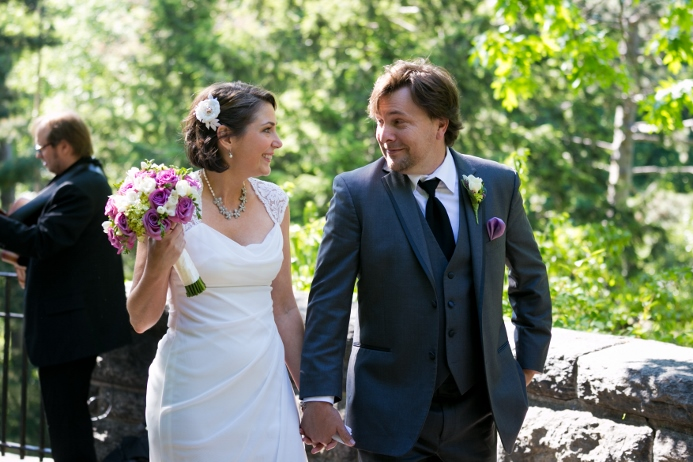wedding-ceremony-at-shakespeare-garden (12)