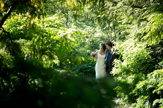 wedding-ceremony-at-shakespeare-garden (17)