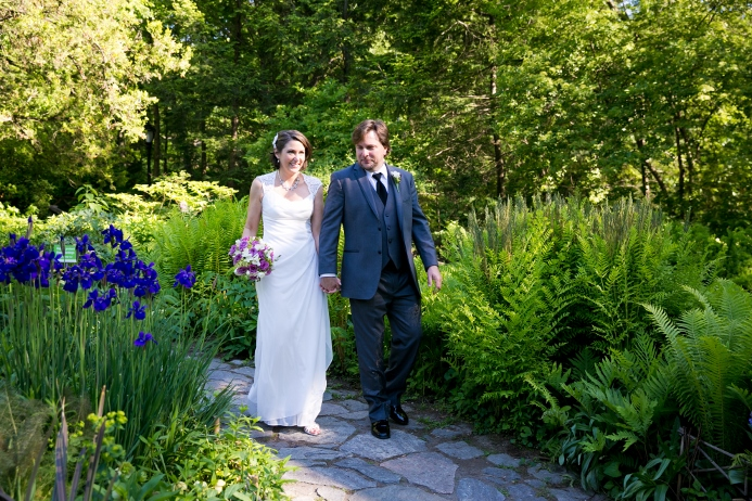 wedding-ceremony-at-shakespeare-garden (19)