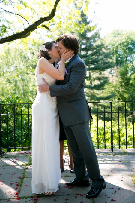 wedding-ceremony-at-shakespeare-garden (3)