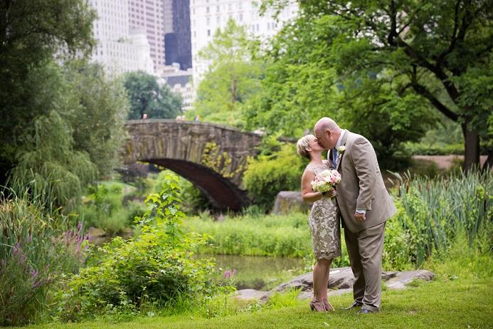 summer-wedding-in-shakespeare-garden (19)