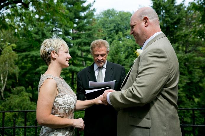 summer-wedding-in-shakespeare-garden (5)