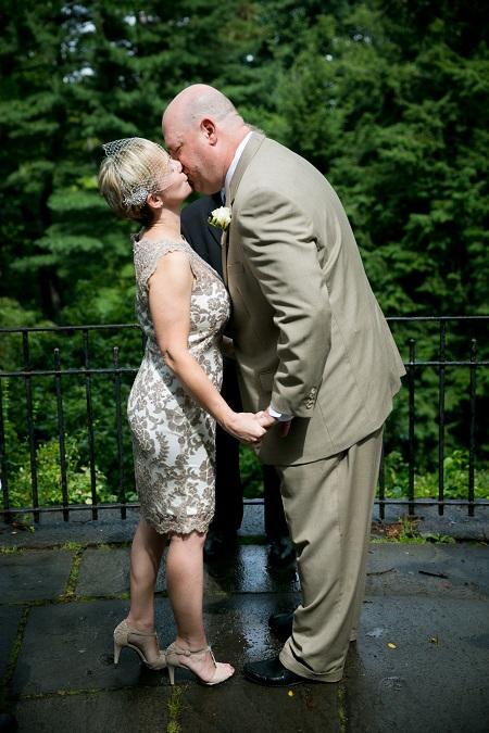 summer-wedding-in-shakespeare-garden (7)