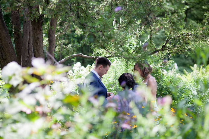intimate-central-park-wedding (4)