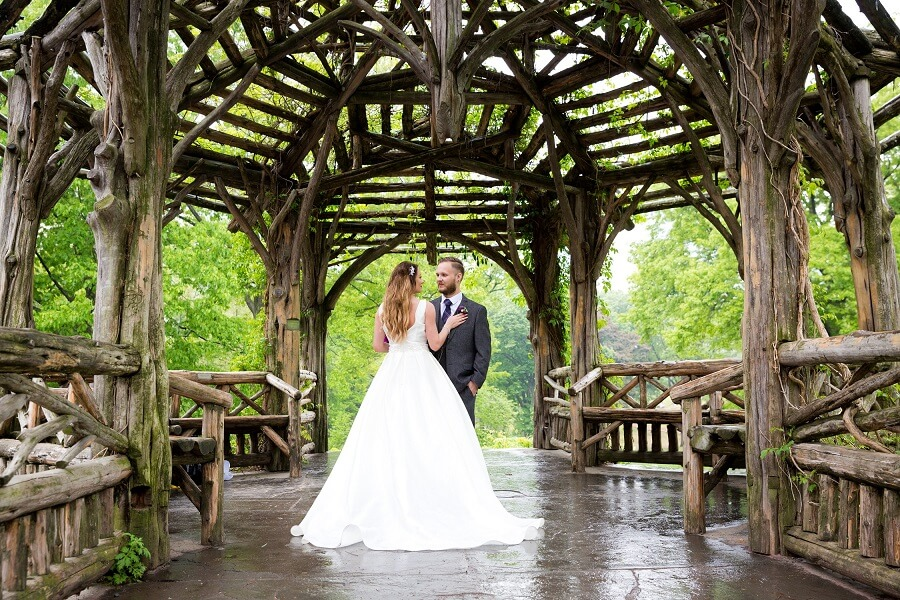 Central Park wedding couple portrait in Dene Summerhouse