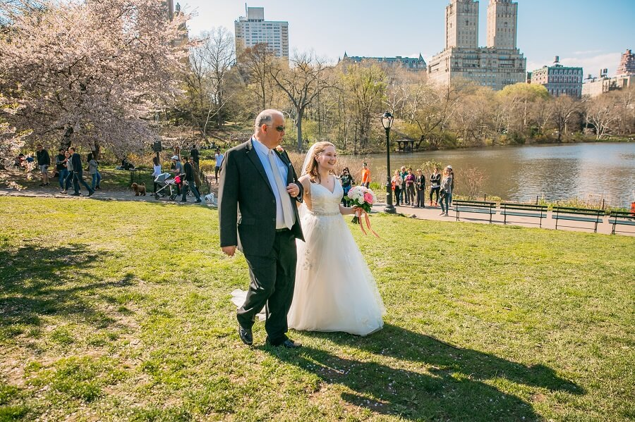 Dad walks bride down aisle during spring wedding on Cherry Hill