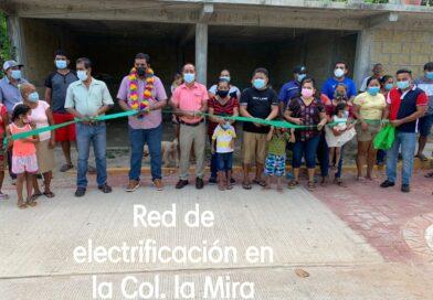 <strong>Inauguran dos tramos de electrificación y una pavimentación en Ometepec</strong>