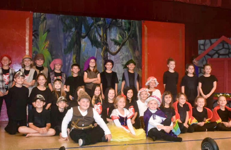 Theatrical performance Snow White