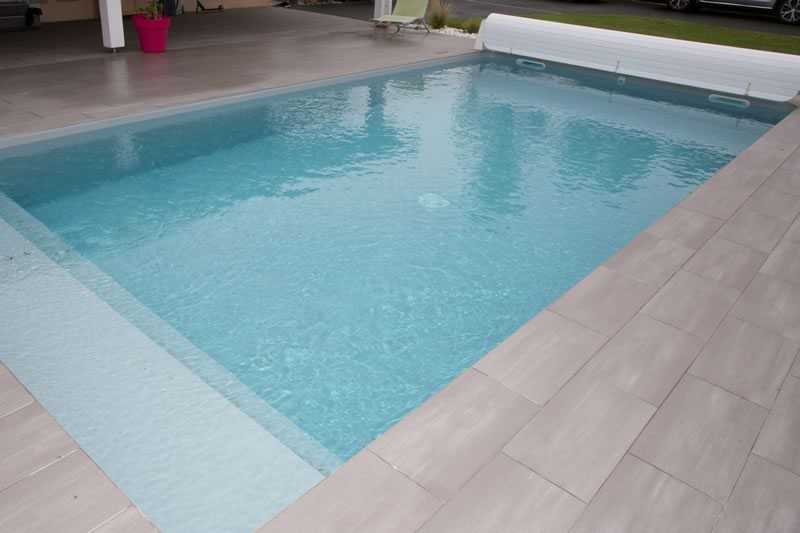 Must my pool be covered or sheltered if it is to be heated?