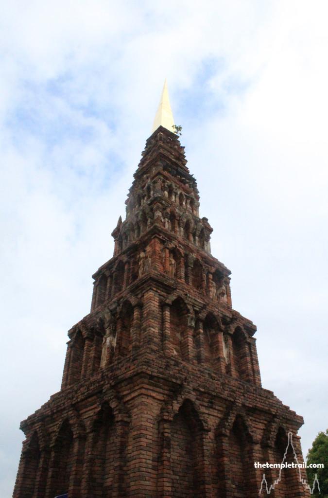 Wat Phrathat Haripunchai, Lamphun