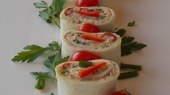 Fancy tuna roll-up appetizers