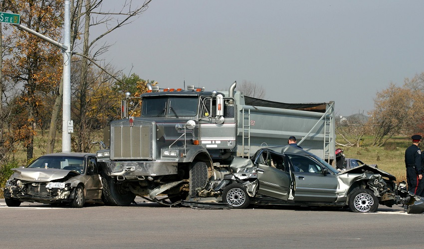Dangers of Truck Accidents in Illinois