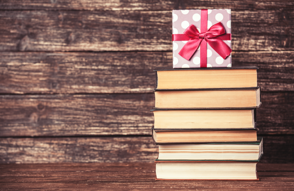 The Best Christmas Gifts for Book Lovers | Carry A Book App | Reading and Gifts