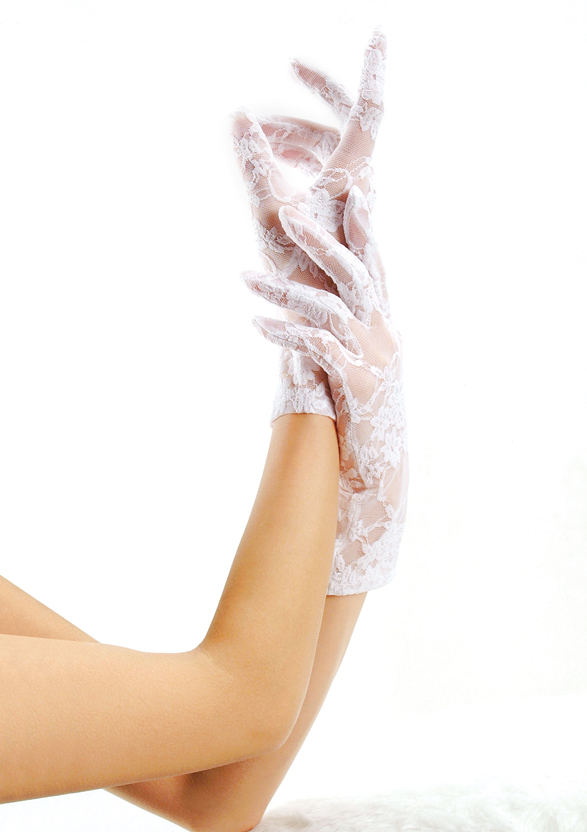 Lace wrist length gloves
