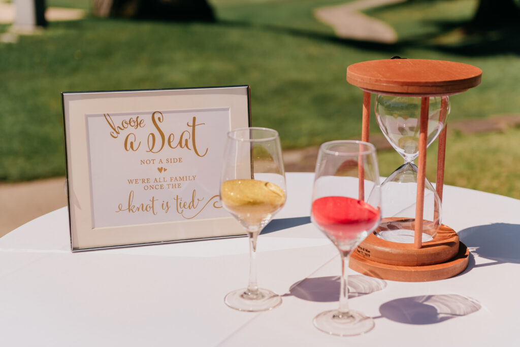 A photo of an Hourglass Sand Ceremony kit