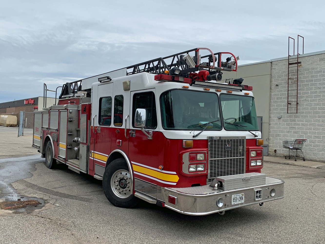 L451 Smeal Ladder