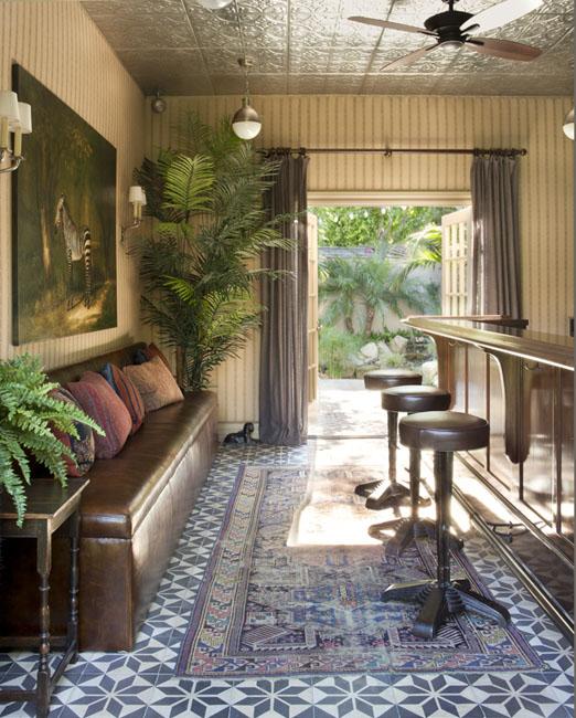 Spencer bistro,Yeardley Smith residence