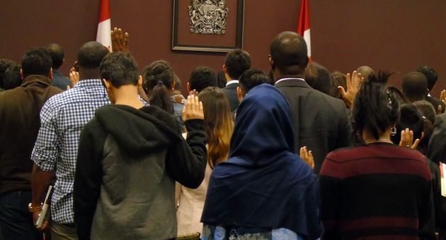"Official report: ""Canada admitted 313,580 immigrants in 2018/2019"""