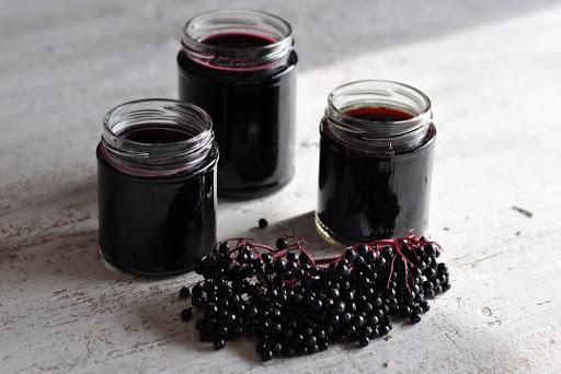 elderberry syrup DIY