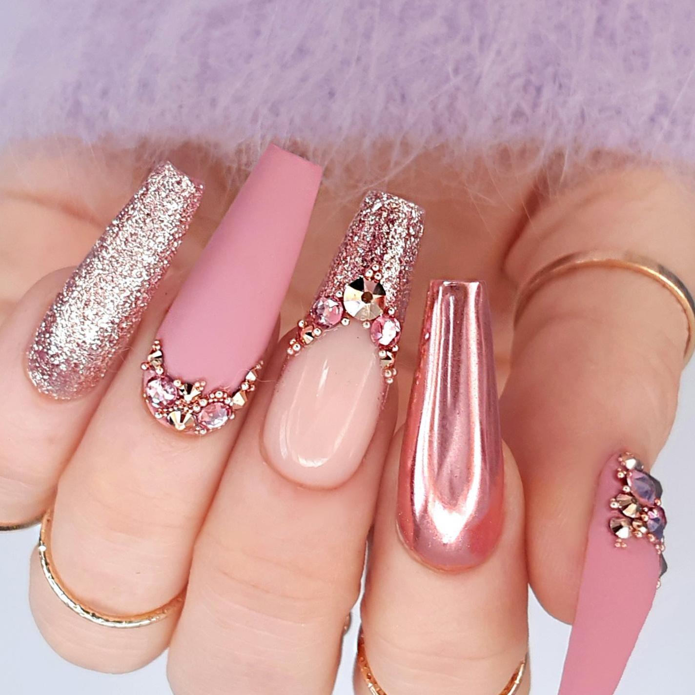 glitter nail design awsome 2021