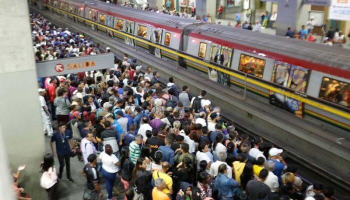 Metro De Caracas Presenta Fuerte Retraso En La Línea 1 Y 3