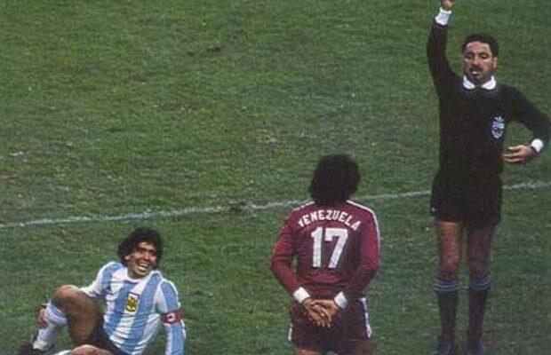 Maradona Y La Foto De La Discordia