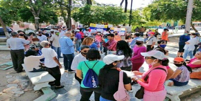 Docentes De Cumaná Protestaron Por Reivindicaciones Salariales