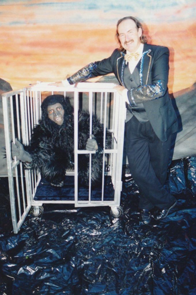 Gorrila cage