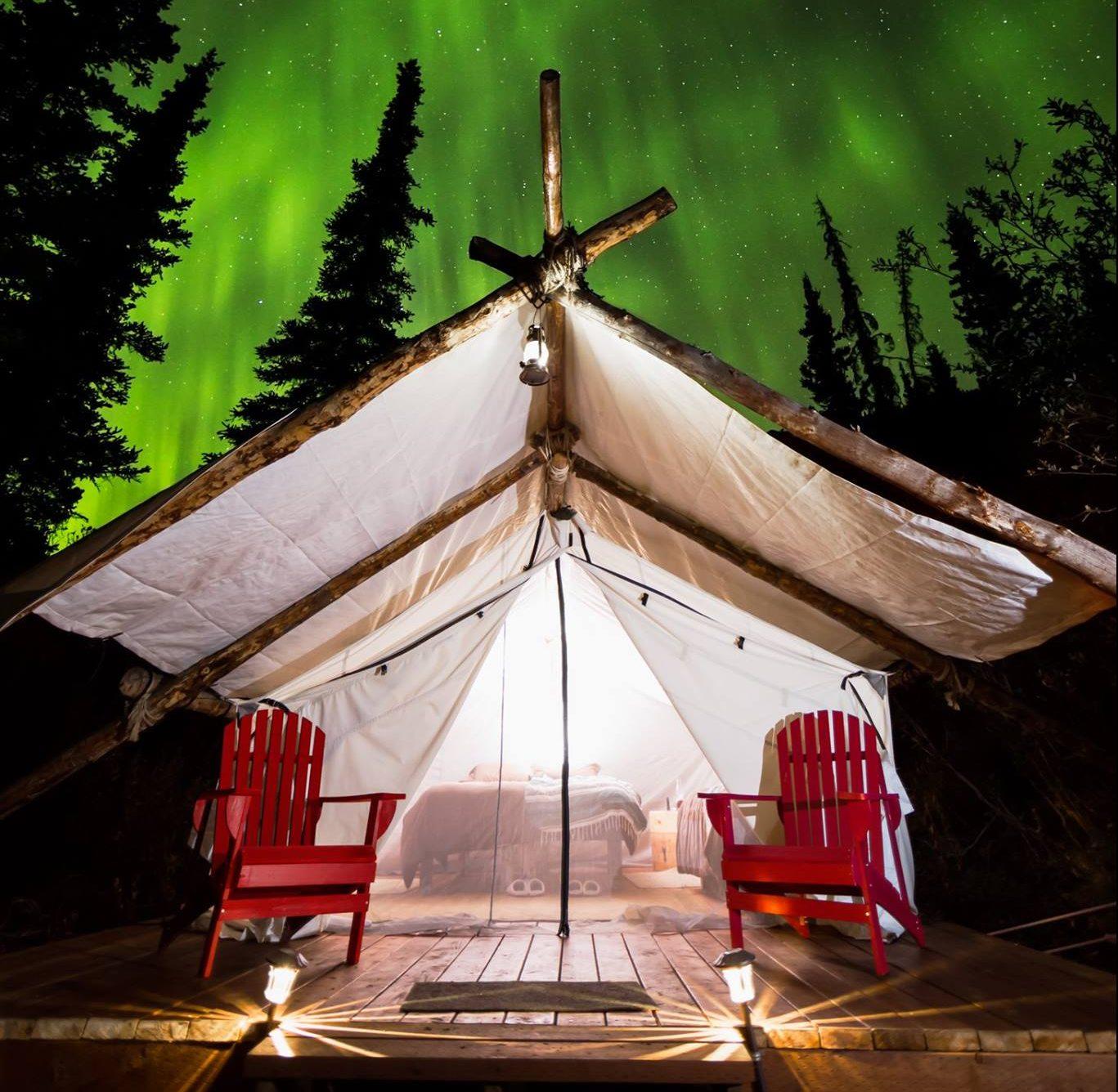 Alaska Luxury Camping Northern Lights