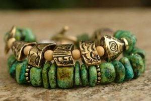 Green Pebble Worry Fish Bracelet
