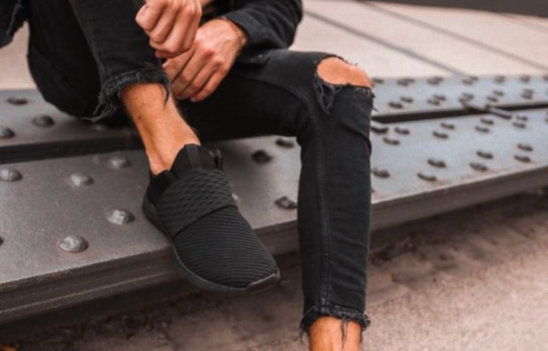 An Aldo RPPL Recycled Sneaker, Vegan Footwear, Sustainable Fashion, Wong, Helen Siwak, Vancouver, BC, YVR, Vancity,EcoLuxLuv, Helen Siwak, EcoLuxLifestyle