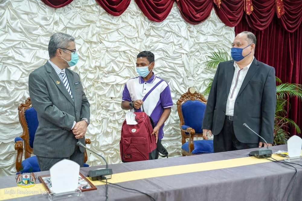 Back-to-school CSR programme in Ipoh