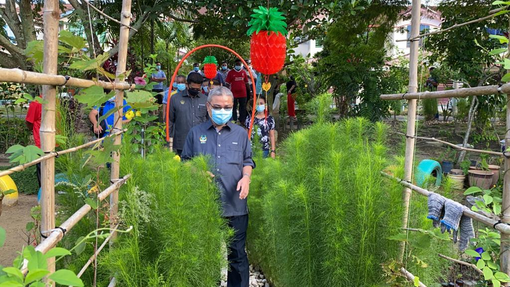 Ipoh mayor's call to plant more trees in the city