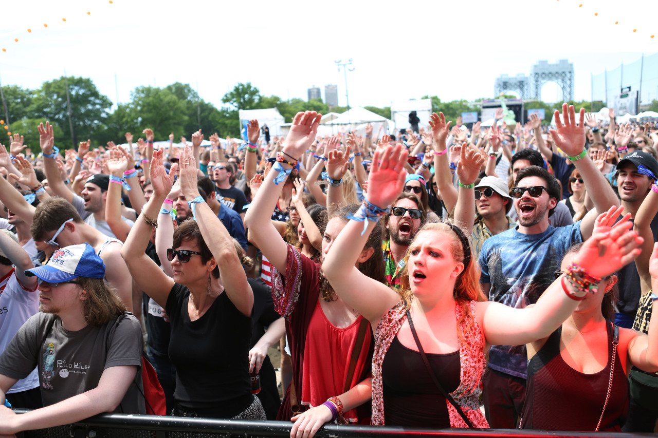 Fans wave and sing along to J. Roddy Walton & The Business at Governors Ball on Randall's Island, New York, on June 6, 2015. (© Michael Katzif – Do not use or republish without prior consent.)