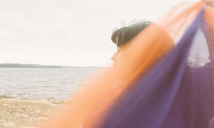 "Chilean-born, Nashville-based alternative pop artist Catalina Released Her Anthemic Single 'Control"""
