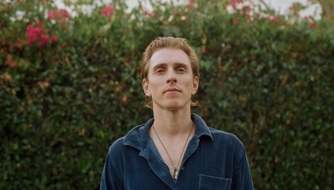 Indie pop artist Payson Lewis Partners Up With Emily Rosenfield For an Acoustic Version Of His Track 'In Your Heart'